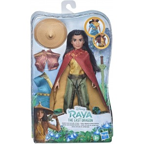 Principesse Disney Raya Fashion Doll + Accessori