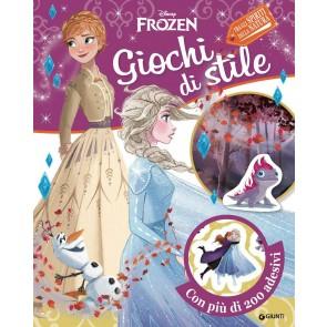 Giochi di stile. Frozen 2. Gioca con la moda. Con adesivi. Ediz. a colori